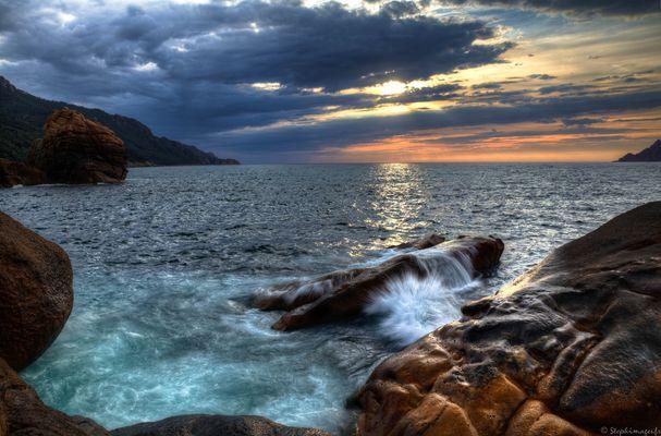Vue sur l'eau de là...(1)