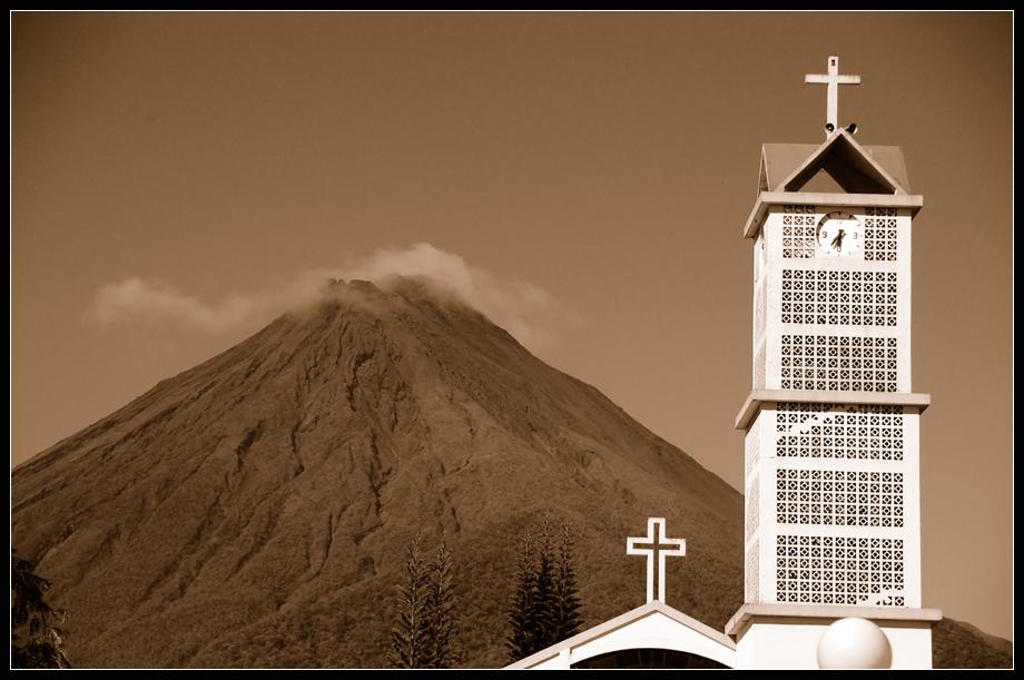 vulkan arenal - die uhr tickt