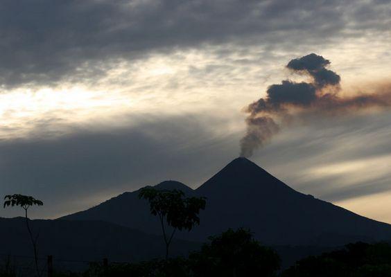 Vulkan Pacaya in Guatemala