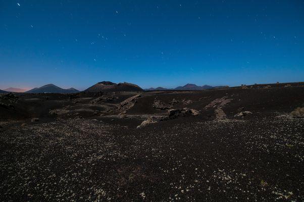 Vulkane im Mondlicht
