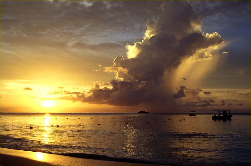Vulkanischer Sonnenuntergang (reload)