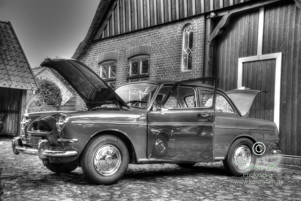 VW 1500 Typ 3 - HDR in schwarz/weiß