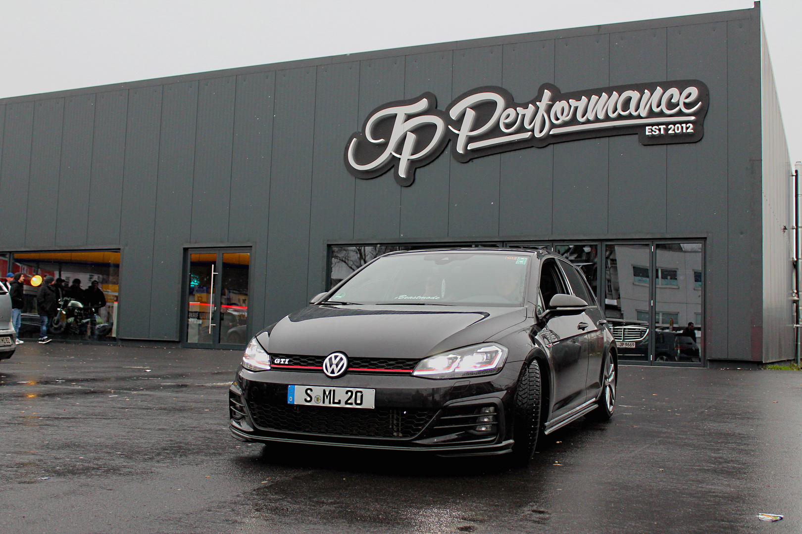 vw golf 7 facelift gti performance foto bild autos. Black Bedroom Furniture Sets. Home Design Ideas