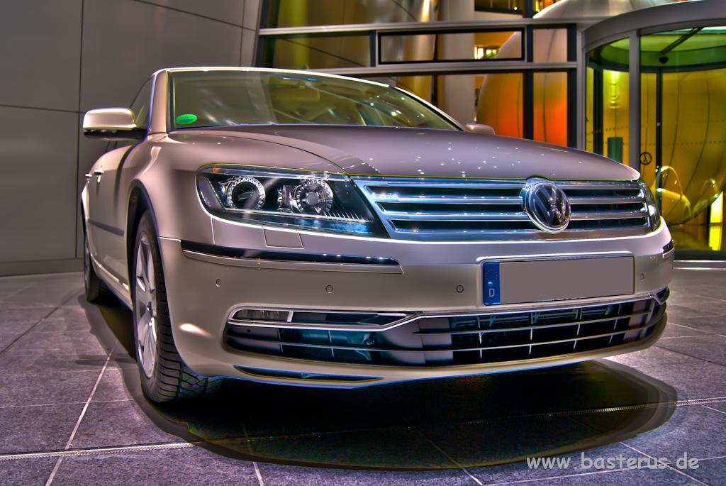 VW Phaeton in HDR
