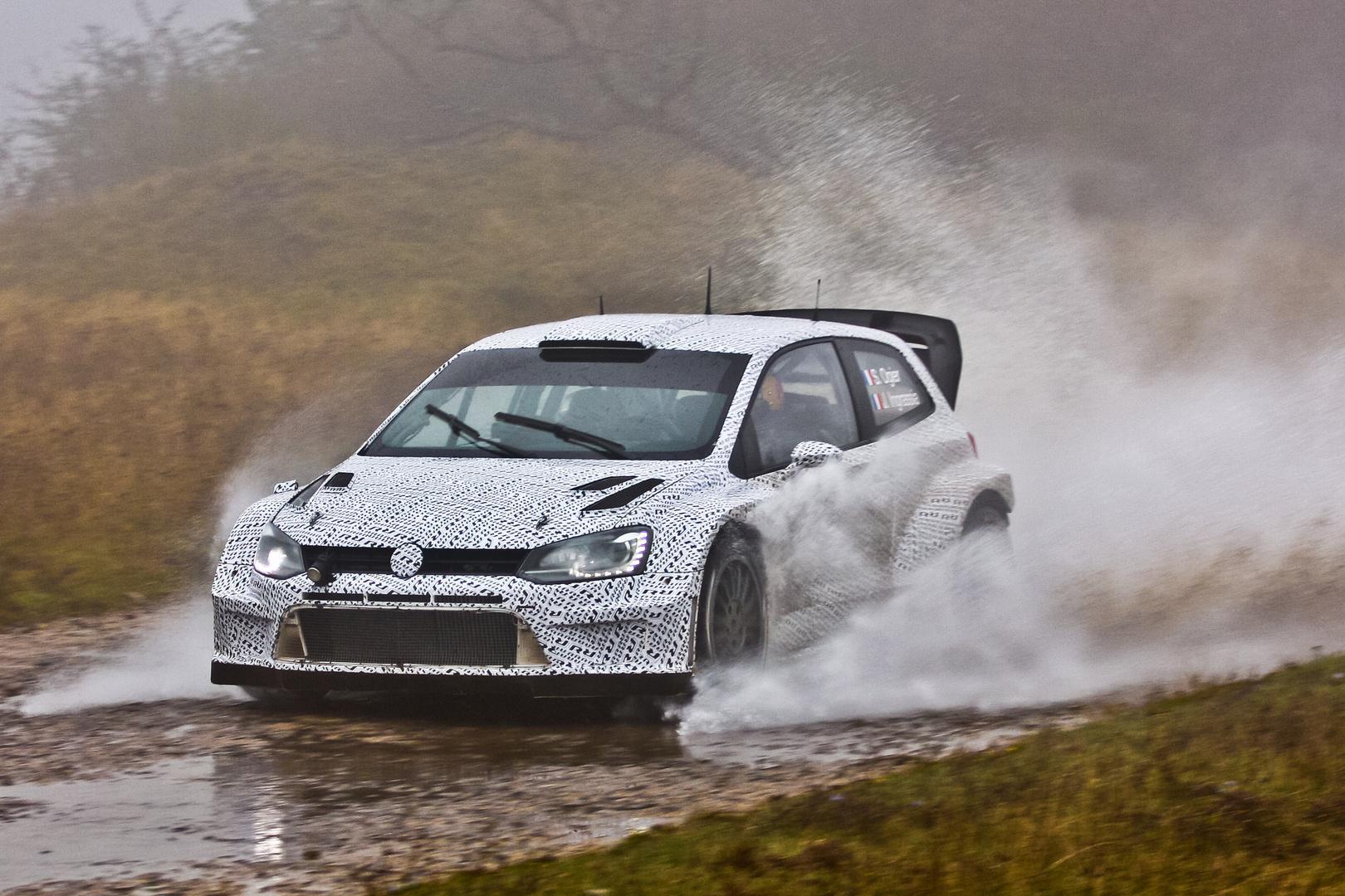 VW Polo R WRC auf der Panzerplatte
