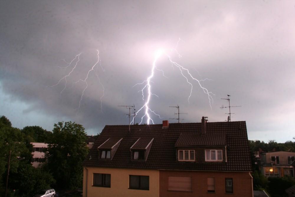 Während der Gewitternacht in NRW letzten Monat (2)