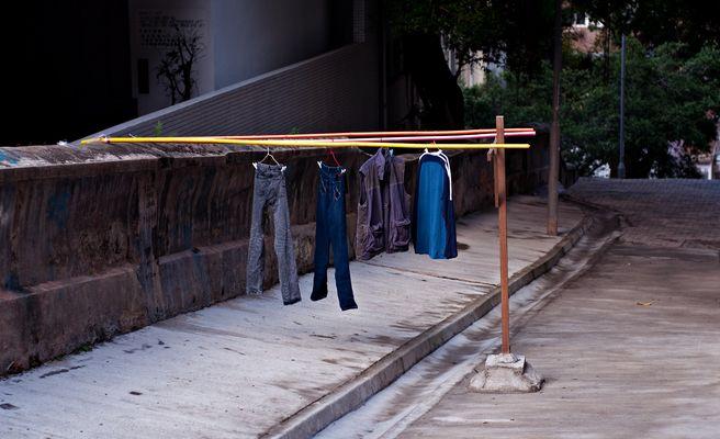 Wäscheleine in der Strasse