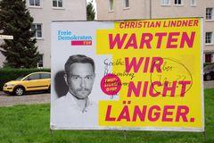 Wahlplakat mit Randnotizen