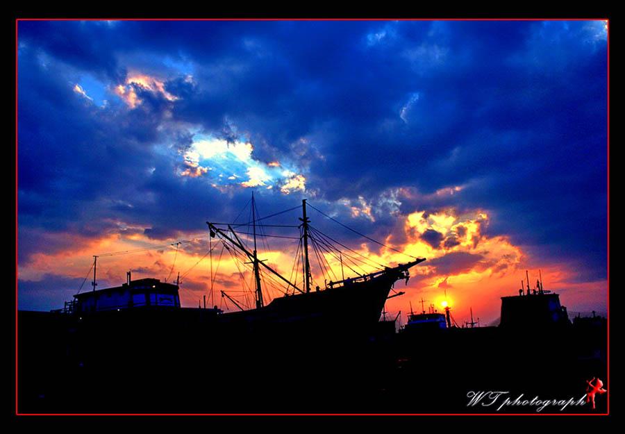Waiting Sunset
