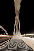 Waldschlösschenbrücke bei Nacht 3