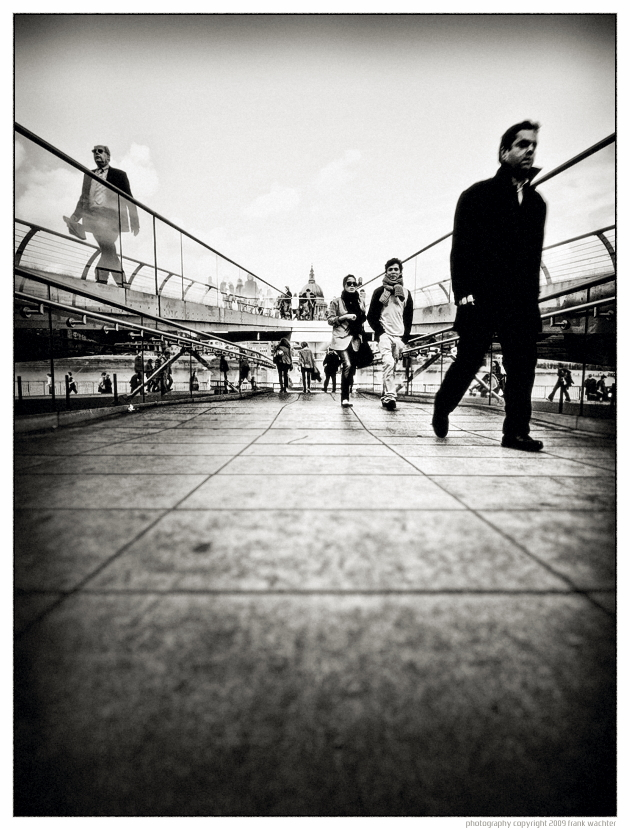 • Walking Millenium Bridge •