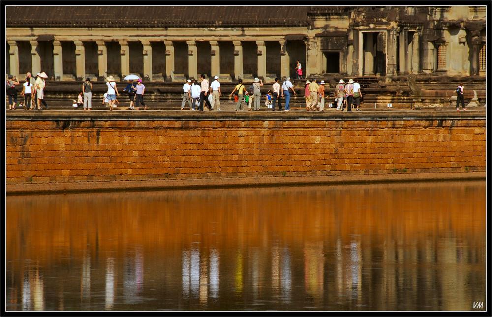 Walking to Angkor Vat...