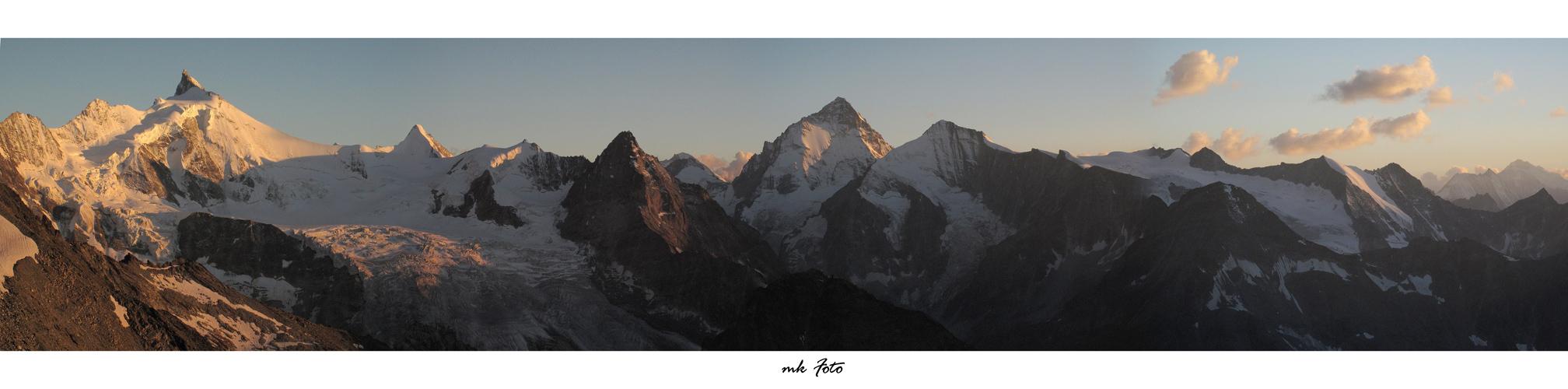 Walliser Alpen im besten Licht