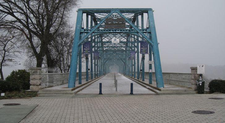 Walnut Street Bridge , Chattanooga