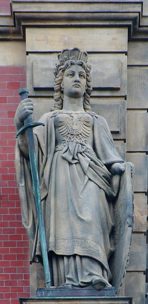 Wand-Figur Germania