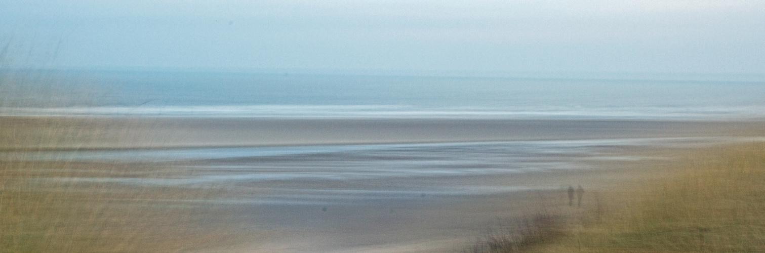 Wanderer am Strand von Lageoog