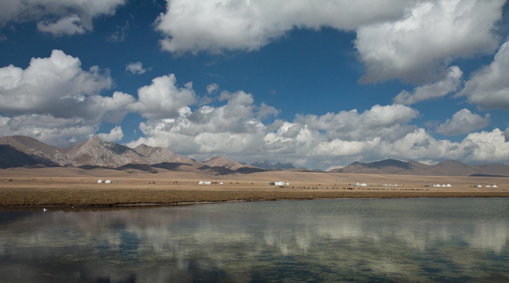 Wanderung zum Song-Köl See