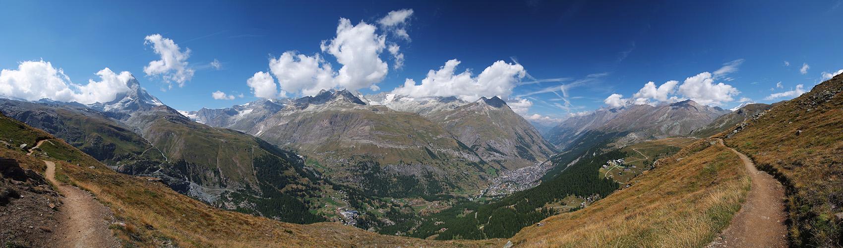 Wanderweg-Panorama am Matterhorn