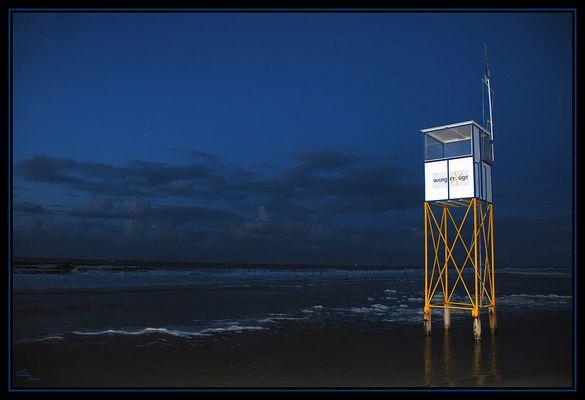 Wangerooge 2009 _ Baywatch @ night