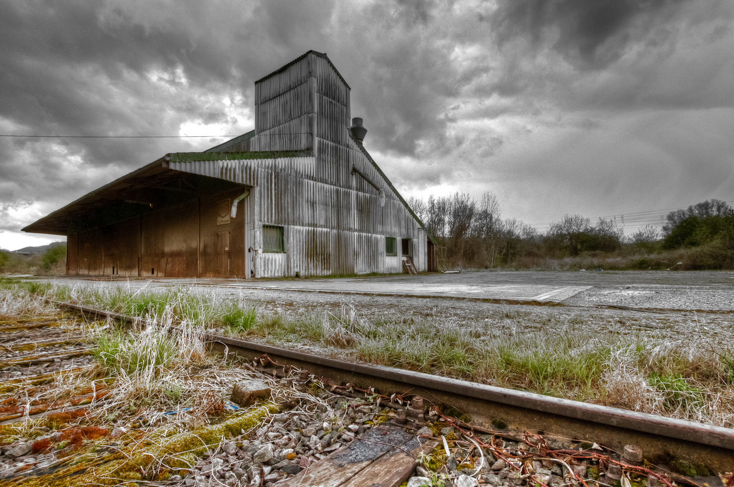 Warehouse in HDR - 1