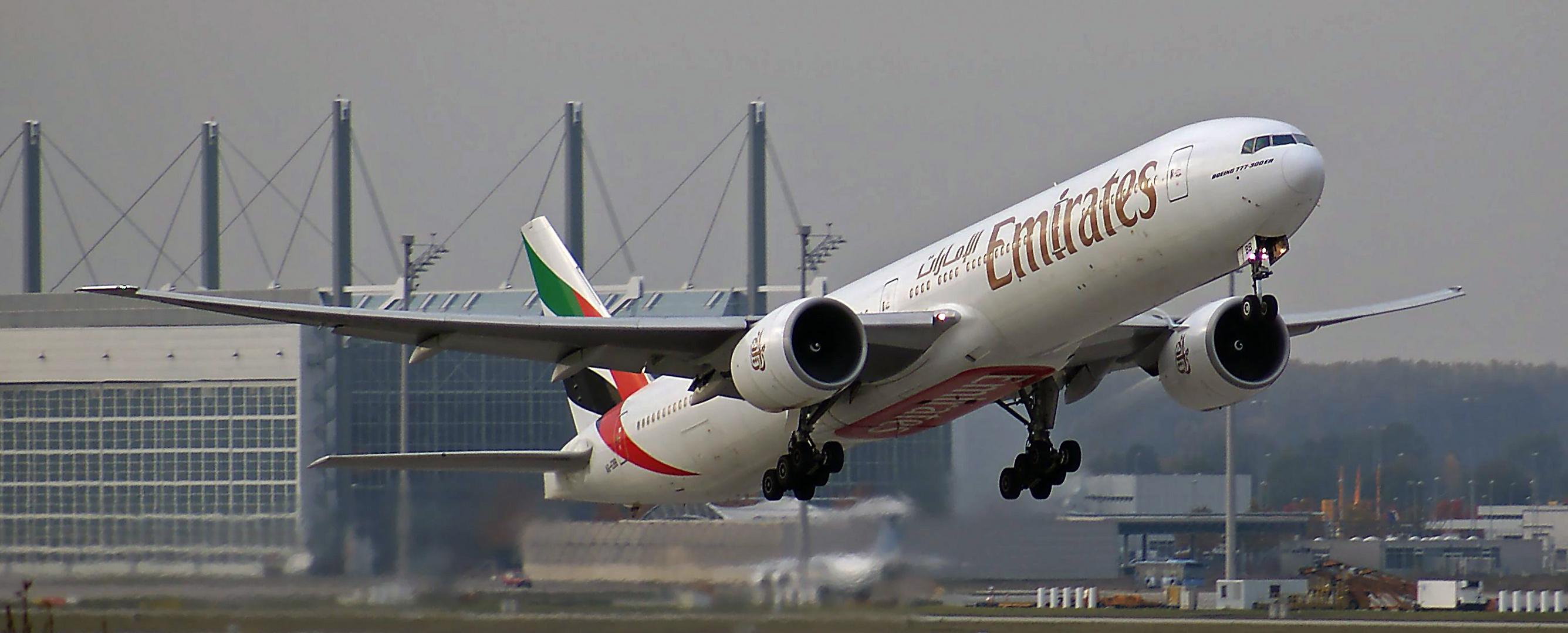 .........warn das noch Zeiten, als Emirates noch mit T7 kam !