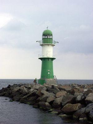 Warnemünde Mole Leuchtturm