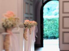 Warten auf das Brautpaar - Paesmühle