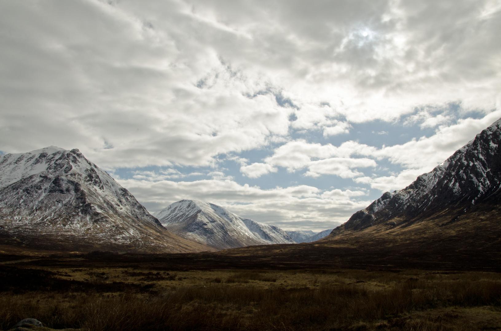 Warten auf den Frühling in den Highlands