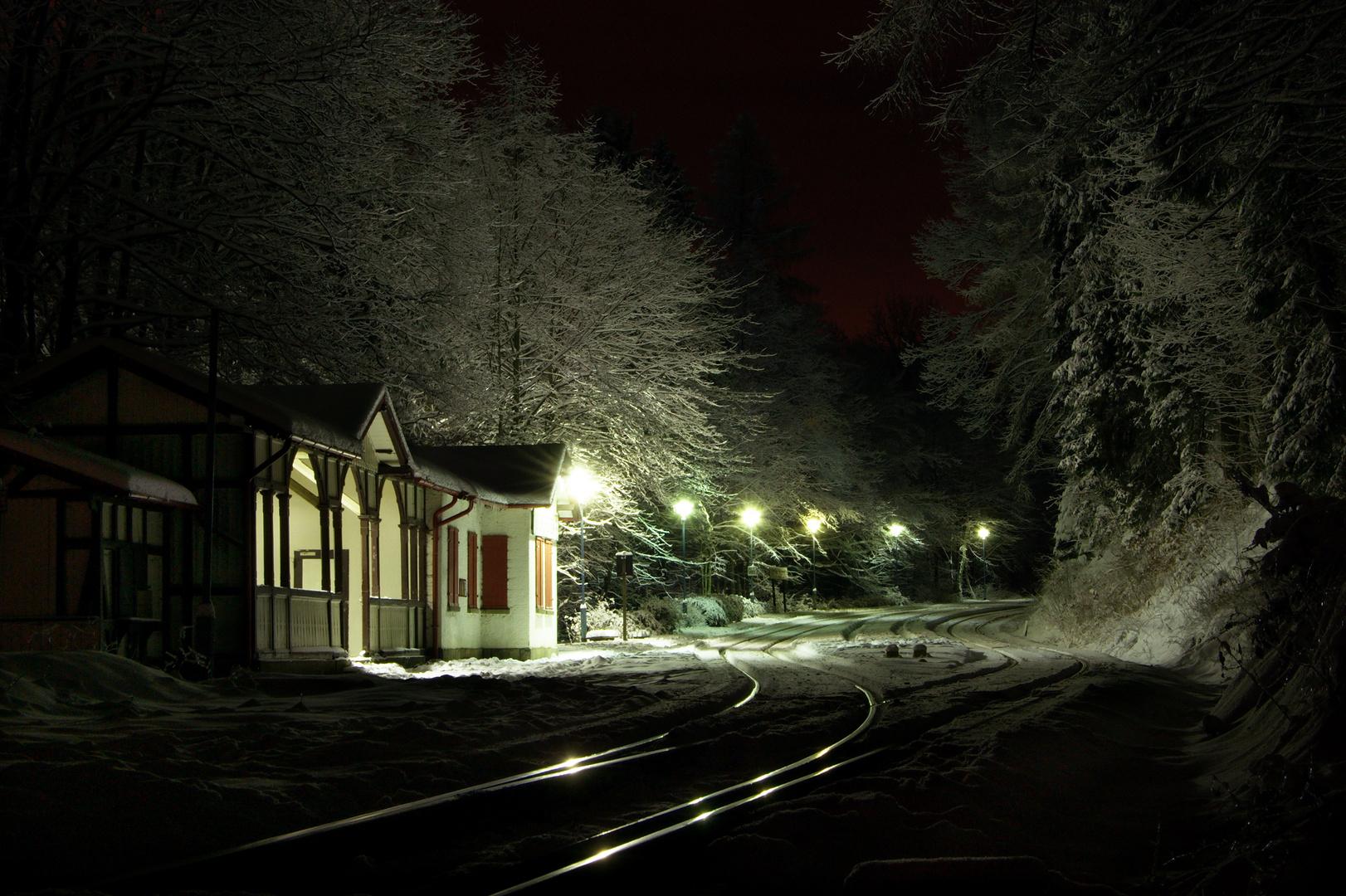 Warten auf den letzten Zug