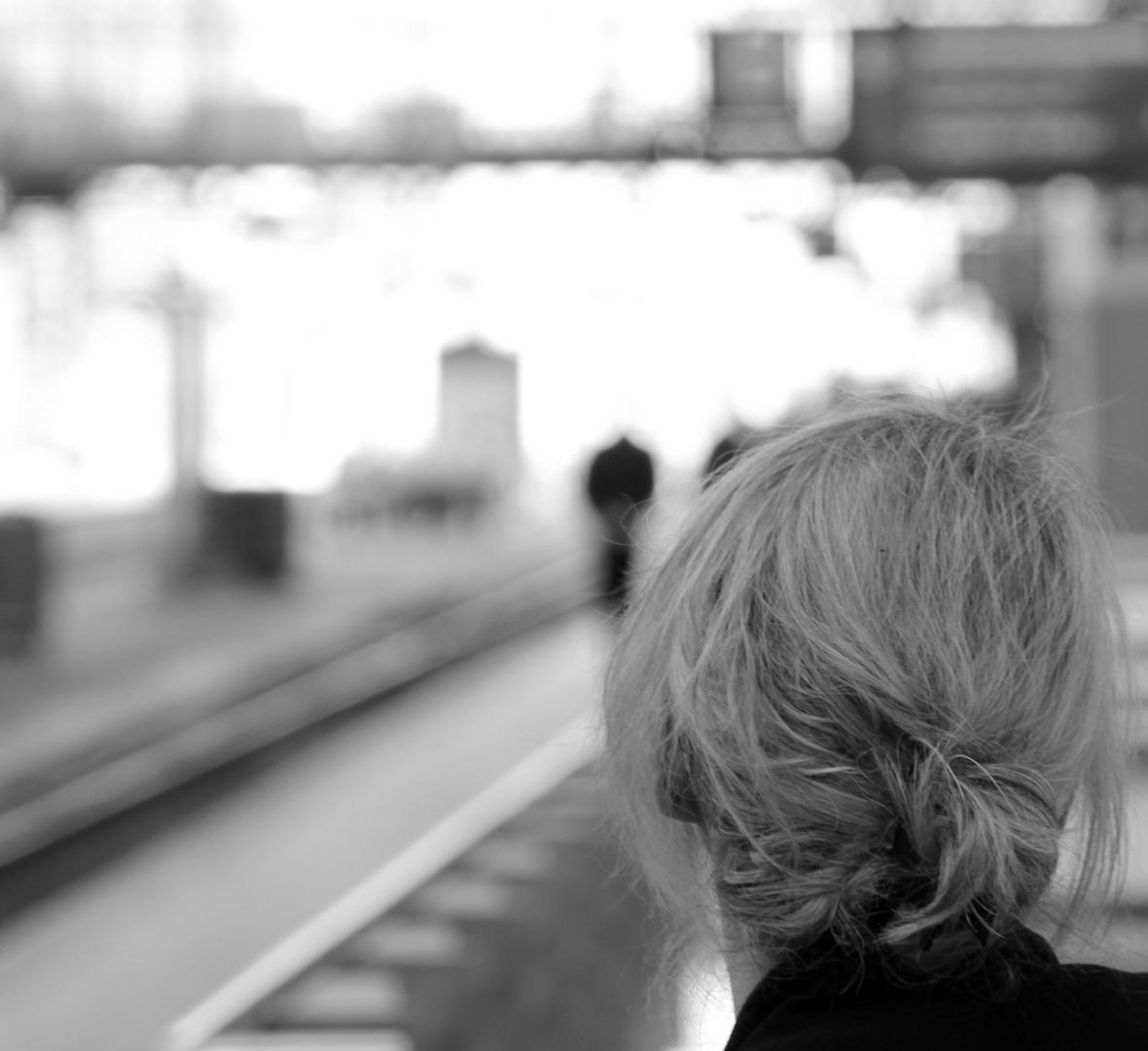 Warten auf den nächsten Zug..