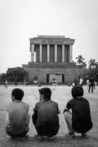 Warten auf Godot aka Ho, Chi & Minh.
