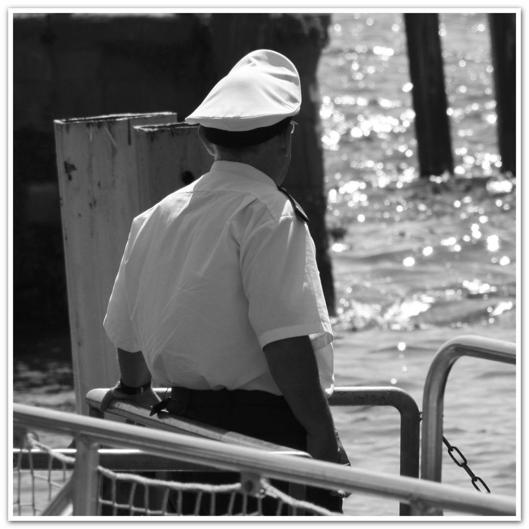 Warten aufs Schiff