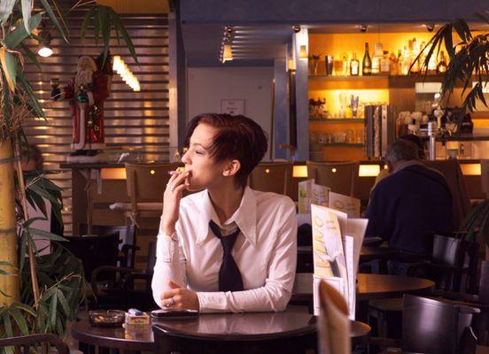 Warten im Cafe (Blind Date)