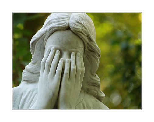 Warum sind Engel nur so traurig... (I)