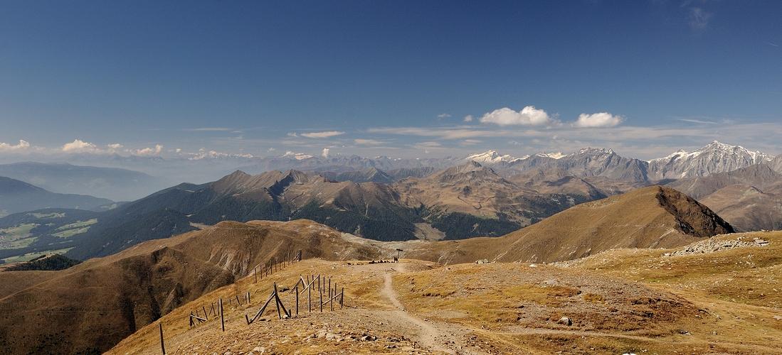 Was für eine Aussicht vom 2663 m hohen Pfannhorn.