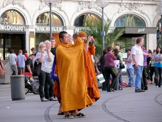 Was macht der gemeine tibetanische, buddhistische Mönch....