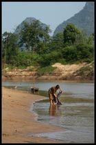 Waschtag, Khammouane Provinz, Laos