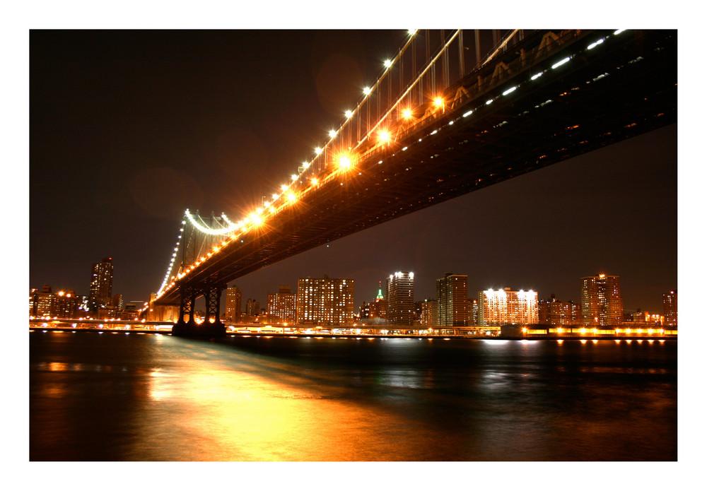 Washington Bridge by night