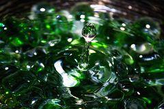 Wasser Experiment Grün