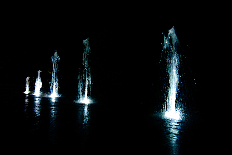 Wasser in der Nacht