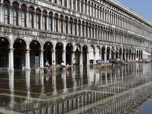 Wasser in Venedig - Markusplatz