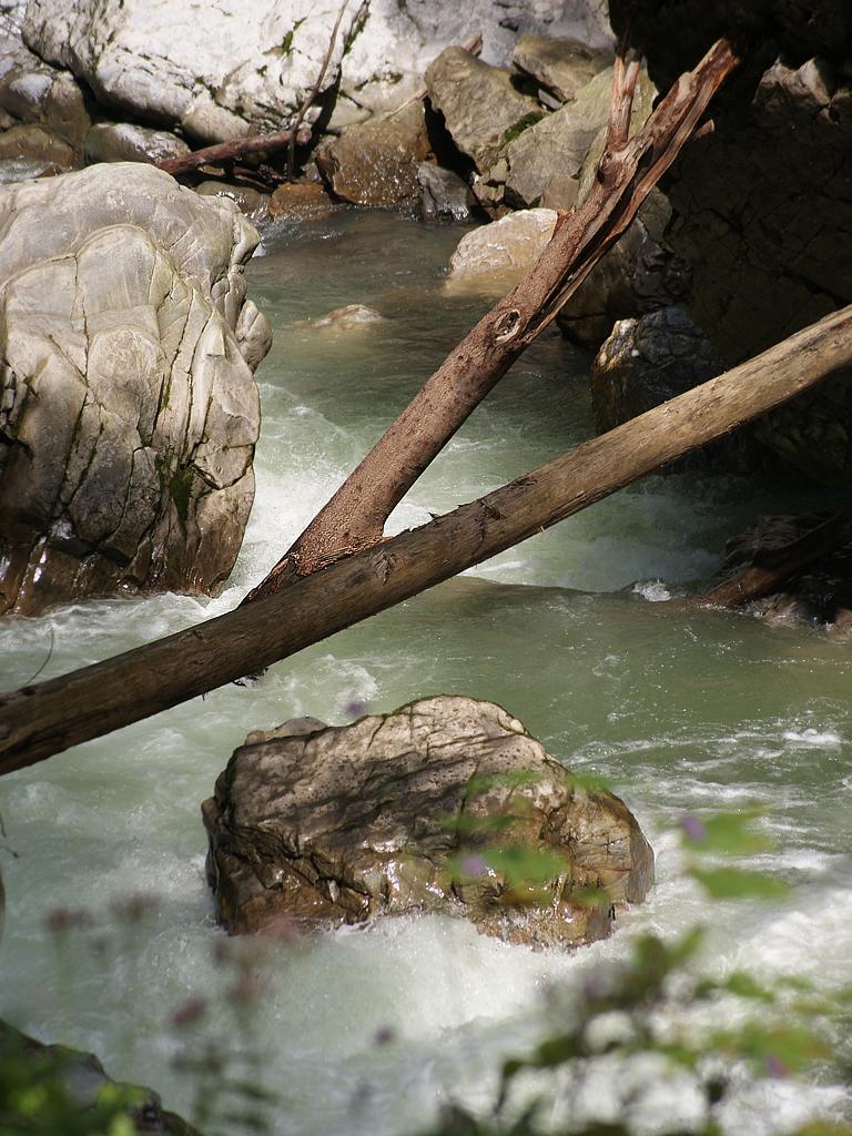 Wasser Natur und Stein