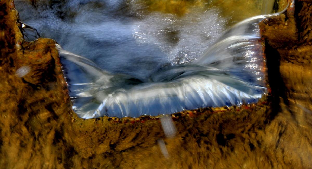 Wasser und Metall
