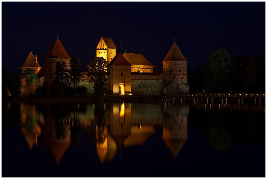 Wasserburg Trakai / Litauen (blaue Stunde)