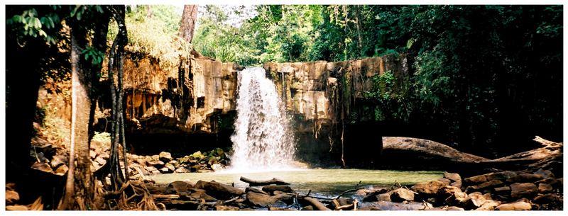 Wasserfälle Mondulkiris, Teil 1: Damnak