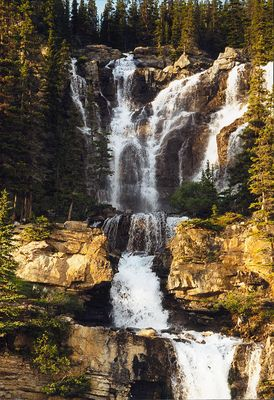 Wasserfall am Icefield Parkway
