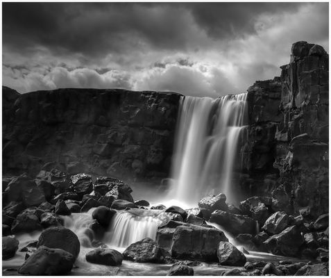 Wasserfall beim Alting in Pingvellir/ Island