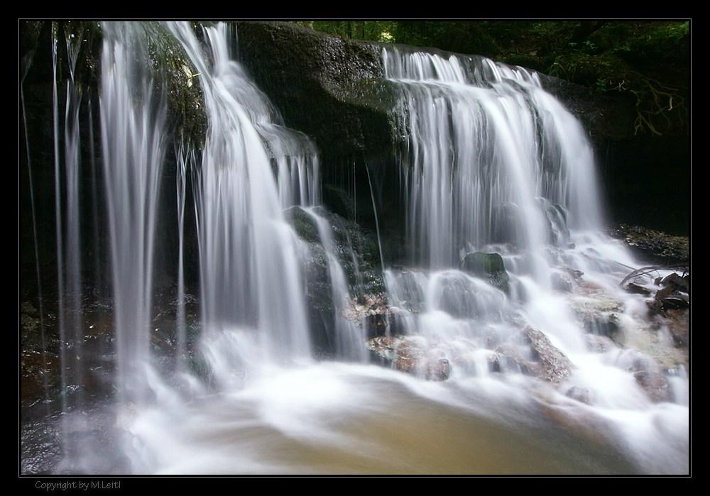 Wasserfall im Strümpfelbachtal (2)