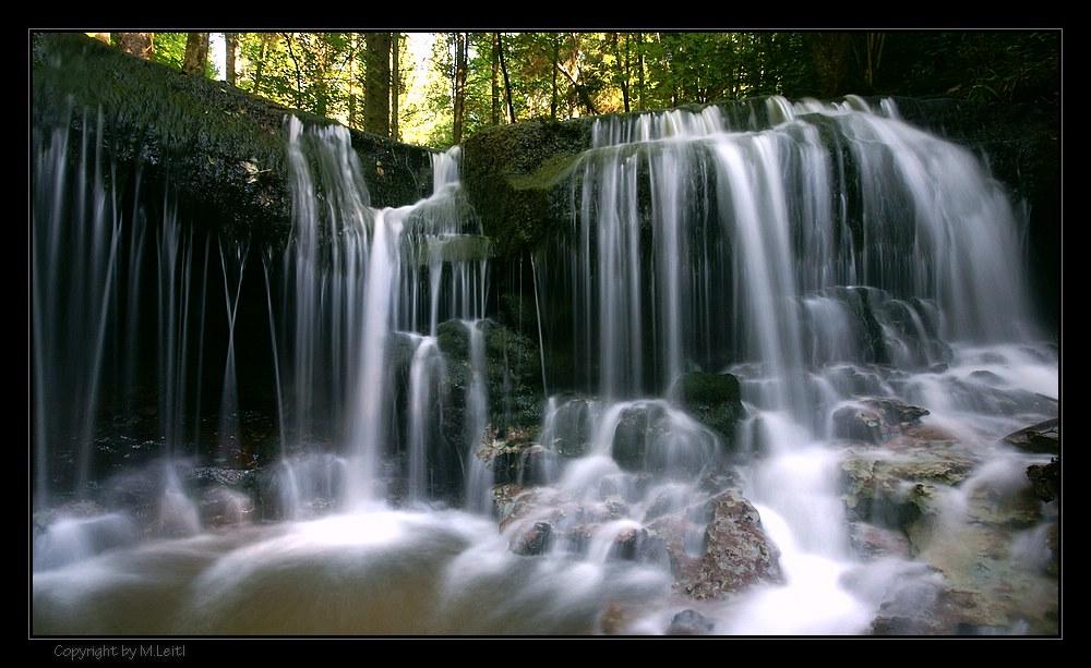 Wasserfall im Stümpfelbachtal (1)