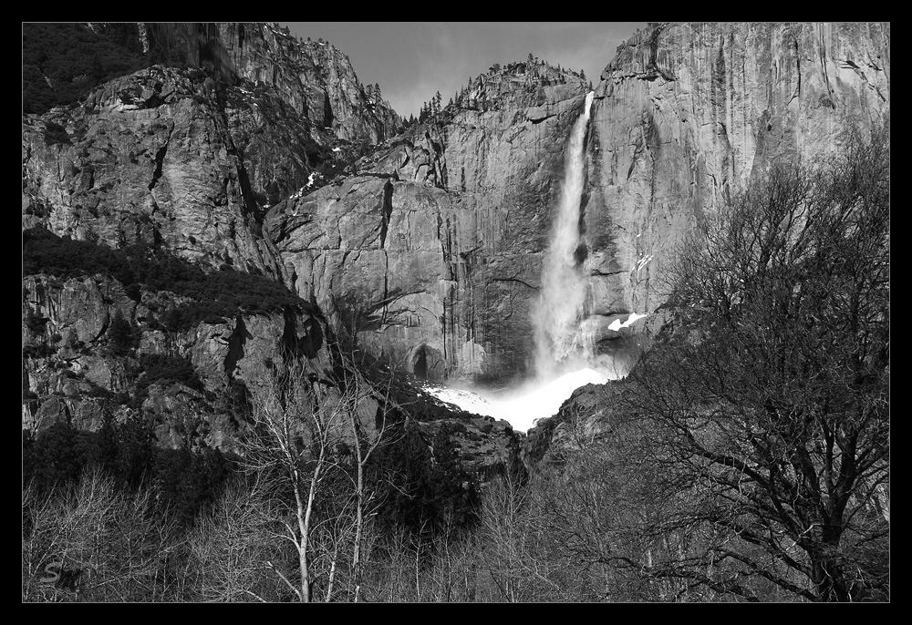 Wasserfall im Yosemite NP